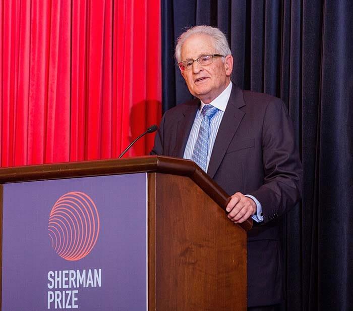 <p>Dr. Stephan Targan</p>